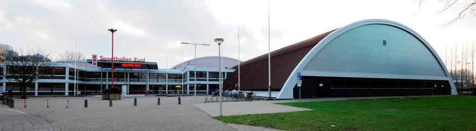 AMSTERDAM ,  18-12-2013 ,  Sporthallen Zuid , Entree van Sporthallen Zuid .